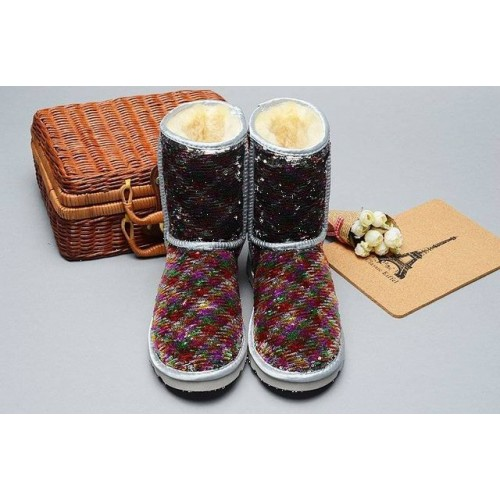 UGG Classic Short Premium Exclusive 01