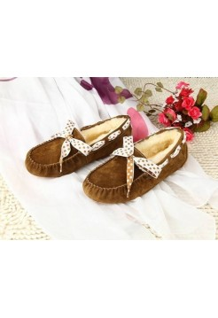 UGG Dakota Bow Brownish