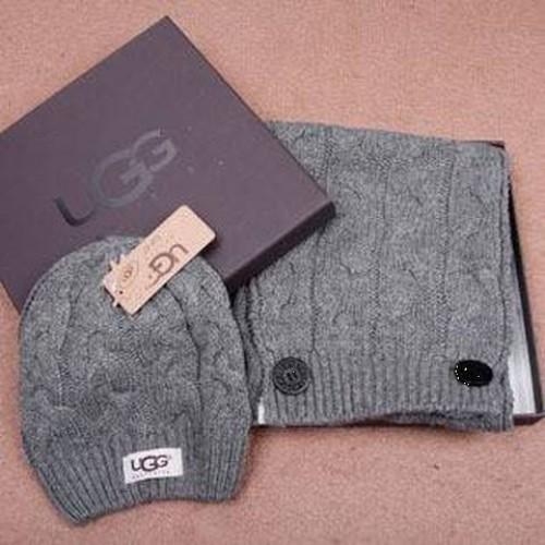 Набор шапка и шарф Серый
