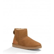 Купить UGG Classic Mini Chestnut Ornament в Украине