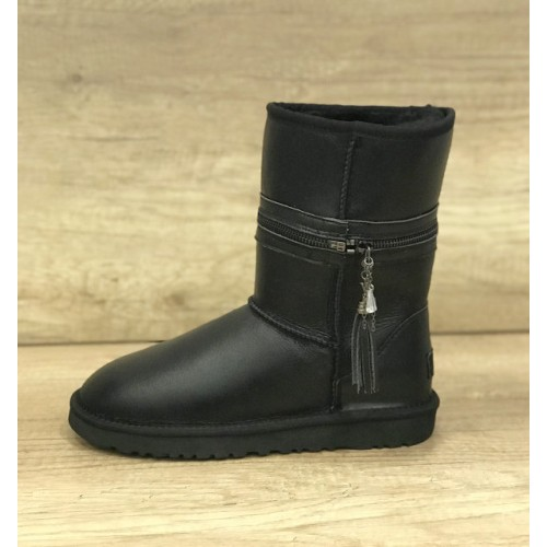 UGG Classic Short Zipper Leather Black