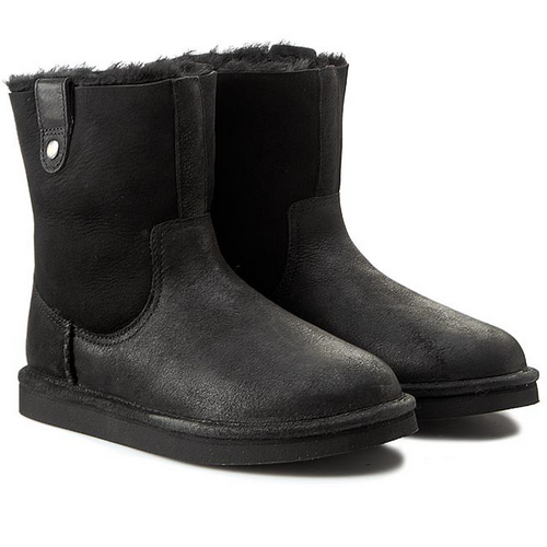 UGG Classic Short Sequoia Leather Black