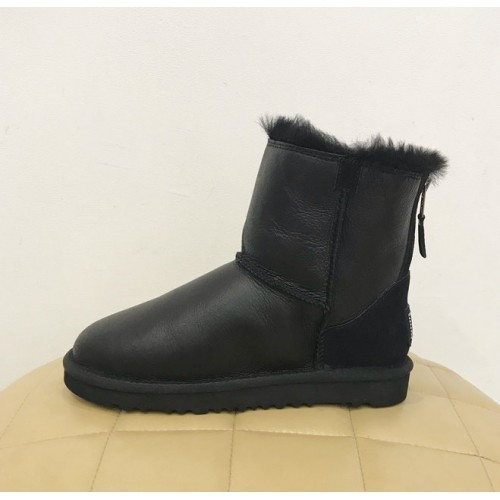 UGG Classic Mini Zip Metallic Black